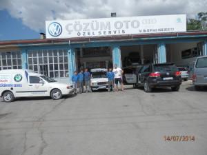 Servis Škoda Gozum Oto v Sivasu, bez nich bych asi sám výměnu ložisek nápravy na cestě nedal, skvělá parta, dobrá cena!
