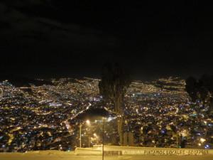 Noční pohled na La Paz (3640 m.n.m.)