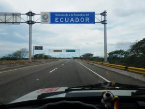 Byl jsem už v Ekvádoru, bohužel mě policista ještě vrátil na hranici s Peru asi 30km, protože mi chybělo nějaké razítko...