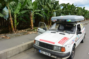 A hurá zpět do Ekvádoru, banány, kam se člověk podívá
