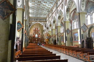 Basilika Nuestra Seňora del Rosario v Báňos