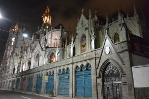 Basilika, Quito