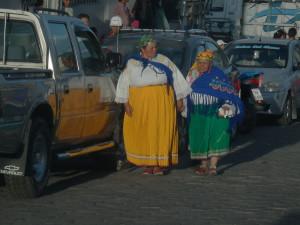 Vesničanky ve slavnostním kroji